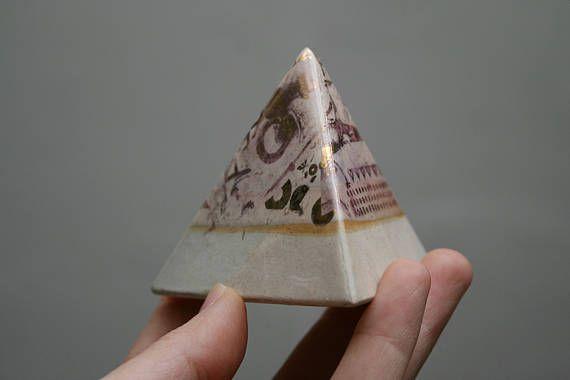 Pyramid Stoneware. Soft Marble Effect. Genuine Gold Finish.