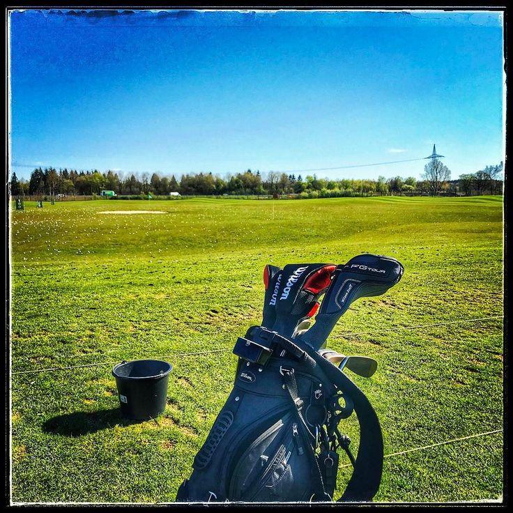 Das schöne Wetter genießen  http://perkins.photo #perkins #amazing #photography #foto #fotograf #münchen #picoftheday #seeitfirst #golf #season2017 #germering #münchen #munich