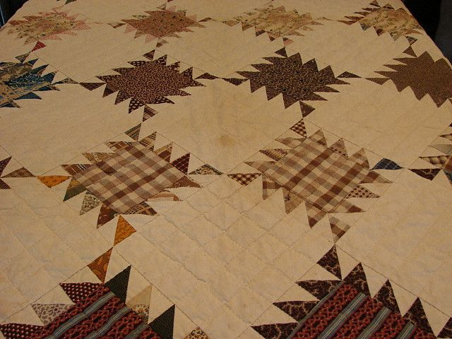 DSC00662 antique quilt sawtooth c 1840 by newyorkvintagelinens, via Flickr