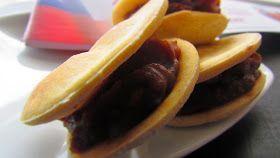 Para que sigan disfrutando, lo que aún queda de Septiembre. Receta para 25 alfajores aprox. Hojarasca: Ingredientes Harina, 2 ½ ...