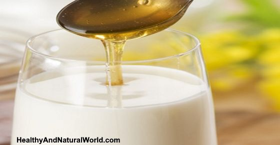 """This delicious drink can help you fall asleep fast. 1 cup of milk (or almond milk)=source of sleep-inducing """"tryptophan"""", which gets blocked by protein in milk, thus needs to be combined with carbohydrates-honey 1 teaspoon of honey=remedy for stomach ulcer 1/2 teaspoon of natural vanilla extract (optional) = lowers inflammation 1/2 teaspoon of ground cinnamon (optional)=anti-bacterial,prevent blood clotting"""