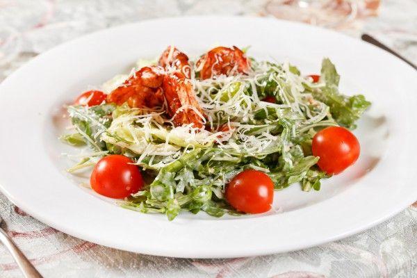 Салат из креветок и помидоров черри ►►► ссылка на рецепт - https://recase.org/salat-iz-krevetok-i-pomidorov-cherri-2/