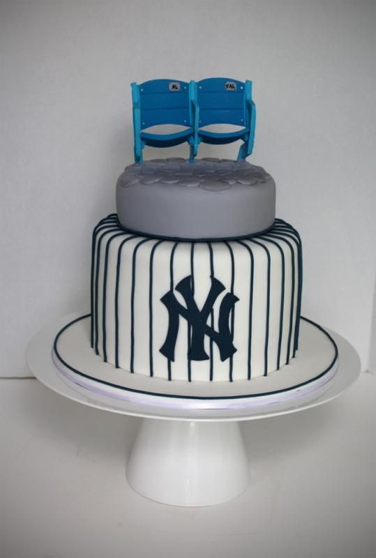 Yankee Stadium Seat Topper Groom's Cake by http://www.veryuniquecakes.com