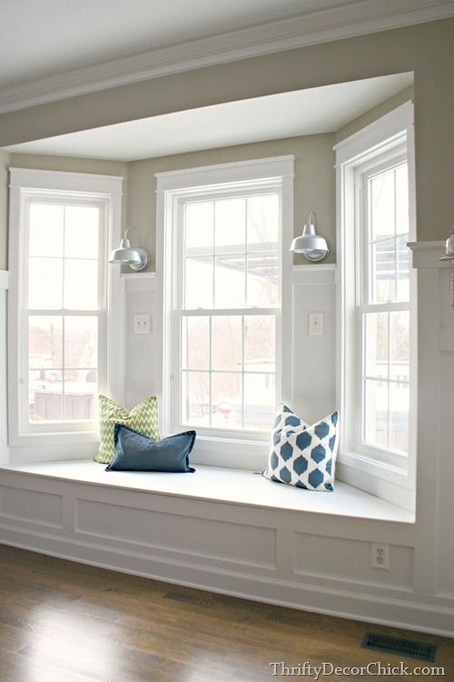 Steps to building a window seat. Bay window ...♥♥...