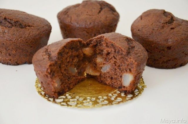 Muffin cacao e pere, scopri la ricetta: http://www.misya.info/2012/09/10/muffin-cacao-e-pere.htm