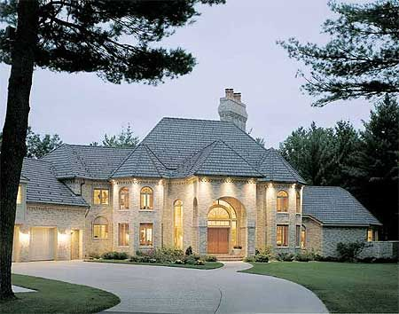 17 best images about dream homes on pinterest french for Castle like house plans