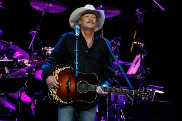 A list of the top songs from country superstar Alan Jackson.