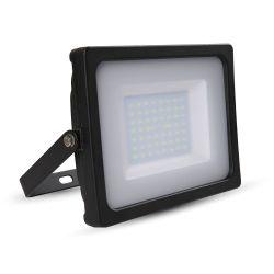 V-TAC+Προβολέας+LED+SMD+SLIM+50W+Μαύρος+Φυσικό+λευκό+4000K+VT-4955+5832++Χαρακτηριστικά: Προβολέας+LED+υψηλής+ποιότητας.Ιδανικός+για+το+γραφείο,+το+σπίτι+κ.ά. Σε+σύγκριση+με+τους+συμβατικούς+λαμπτήρες+μπορεί+να+εξοικονομήσει+έως+και+80%+ενέργεια. Διάρκεια+ζωής+έως+50.000+ώρες. Χωρίς+ακτινοβολία+UV. Χωρίς+να+τρεμοπαίζει. Υψηλής+ποιότητας+LED+και+τροφοδοτικό. Άμεσο+άναμμα+(0-100%+σε+0+δευτερόλεπτα). Λειτουργία+σε+εξωτερικές+θερμοκρασίες+από+-20o+έως++45o+C. +   Τύπος+LED SMD   ...