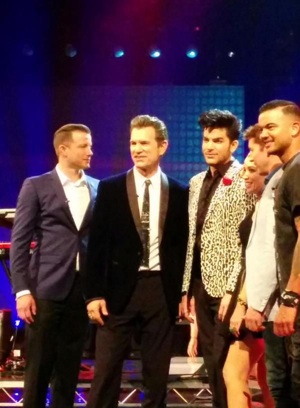 10/19/15 Adam Lambert with the judges after his performance on XFactor Australia