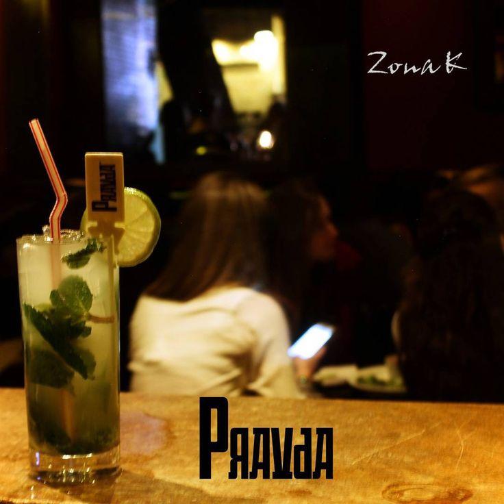 #zonakbogota #zonak #Restaurantepravda #Pravda #Barpravda Este bar ofrece una variada carta de cócteles,  tapas españolas y fondues