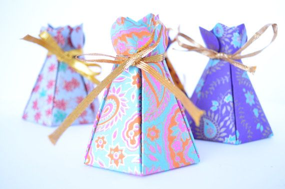 Set of 4 Assorted Pyramid shaped handmade paper box with gold ribbon, Wedding Favor Box