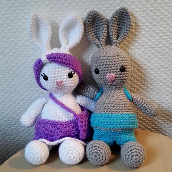 ENGLISH/NORSK pattern of Ellie and Noah bunnies
