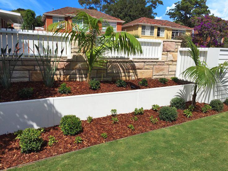 VogueWall Aluminium planter box retaining wall