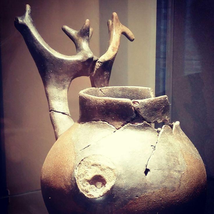 Vaso d'impasto di ceramica Picena - VI sec a.C. - Cossignano