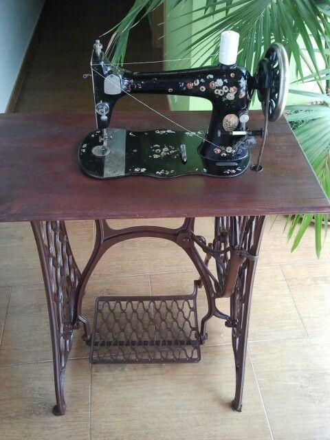 vs singer sewing machine