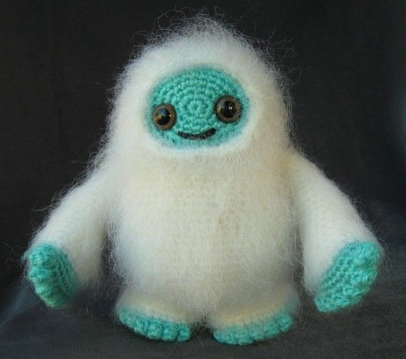 Monster Amigurumi - I kinda want to make this.: Adorable Monsters, Cute Things, Monsters Amigurumi, Abomin Snowman, Crochet Monsters, Crochet Patterns, Stuffed Animal, Amigurumi Patterns, Crafts