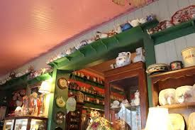 Bygone Beautys - So many Tea Pots!