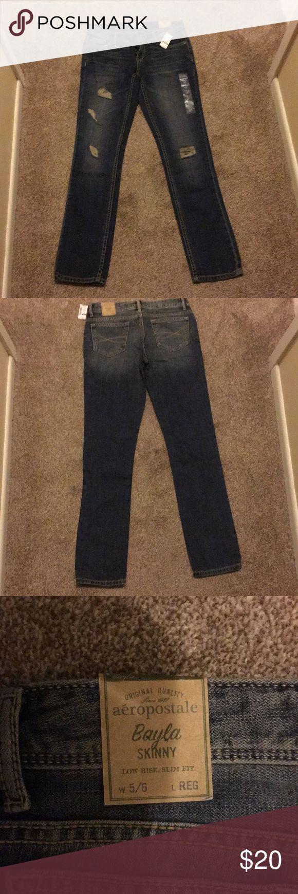 Skinny jeans women's Brand new women's skinny jeans. Aeropostale, size 5/6 regular. Inseam about 30.5 inches Front rise about 8 inches Waist about 14 inches Aeropostale Jeans Skinny