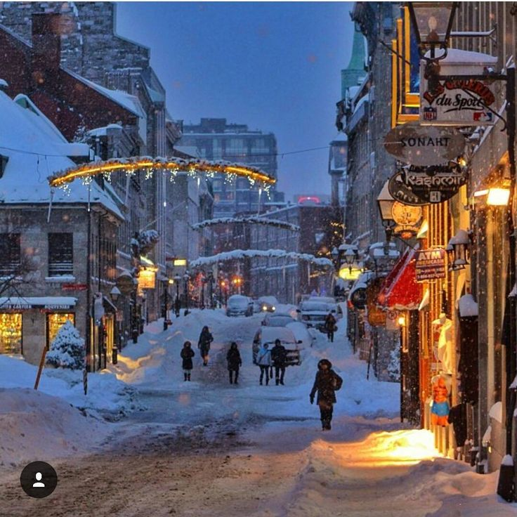 A snowy Old Montreal. ❄ Picture by @3mmar77. #mtlblog #mtlblognews #montreal #montréal #mtl #quebec #québec #qc #canada #mtlmoments #downtownmontreal #oldmontreal #oldportmtl #winter #winter2017 #snow #vancouver #britishcolumbia #toronto #ottawa #ontario #calgary #edmonton #halifax #novascotia