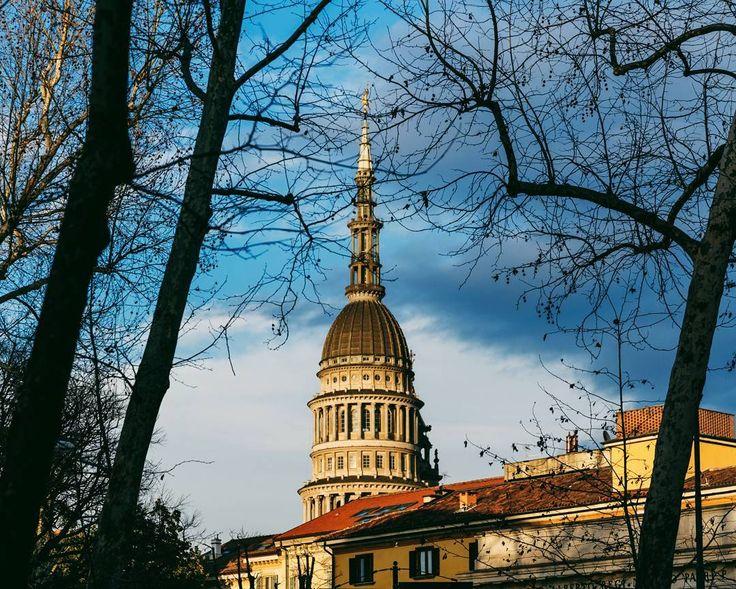 Immaginate la sigla di House of Cards e questo skyline. Sentirsi Frank Underwood a Novara è un attimo...