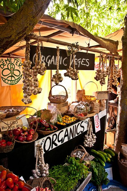 Hawkes Bay farmers market, New Zealand. Photo: mattdwen, via Flickr