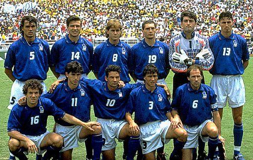 L'Italia a USA '94 Maldini, Berti, Mussi, Massaro, Pagliuca, Dino Baggio, Donadoni, Albertini, Roberto Baggio, Benarrivo, Baresi (c).