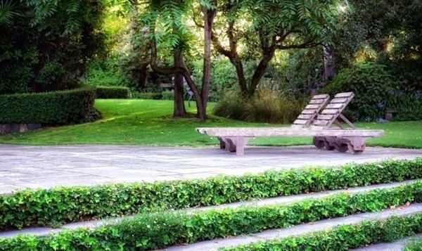 Outdoor-Layout-Design-with-Furniture-Ideas-by-Eckersley-Garden-Architecture-Lounge-chair-Outdoor.jpg (600×357)