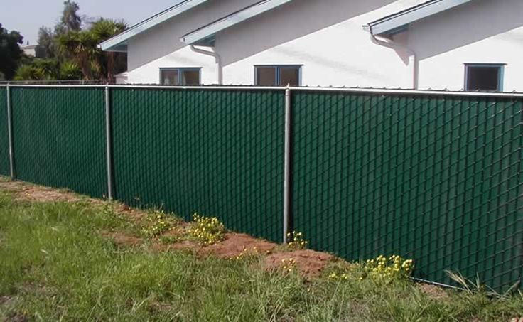 Green vinyl slats for chain link fencing http