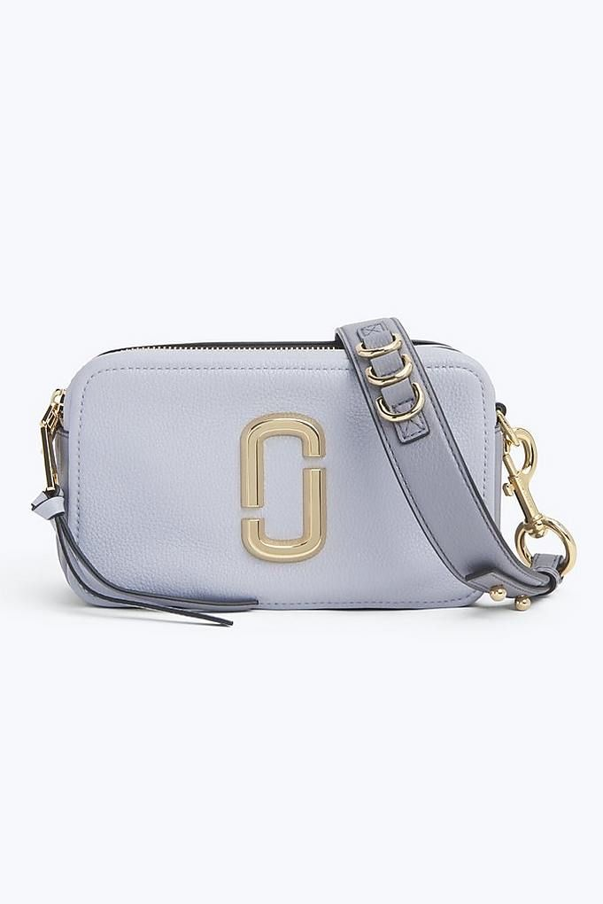 16a48a0e08394 The Softshot 21 Marc Jacobs in Silver Lining | Marc Jacobs Bags & Wallets  in 2019 | Marc jacobs handbag, Marc jacobs bag, Marc jacobs