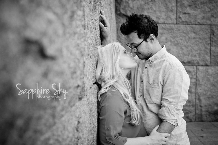 Engagement Picture Pose
