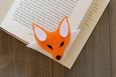 Bookish DIY: Eck-Lesezeichen aus Filz nähen - Fuchs                                                                                                                                                                                 Mehr