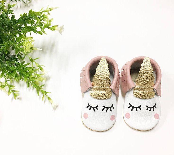 Blush Unicorn Moccasins | Baby Moccasins, Toddler Moccasins, Blush Moccs, First Birthday Outfit, Sleepy Eyes, Unicorns, Unicorn Party, Boho by angelbabymoccs on Etsy https://www.etsy.com/listing/522198563/blush-unicorn-moccasins-baby-moccasins