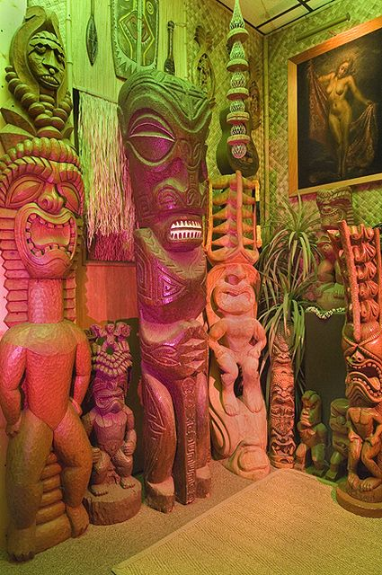 Best 25 tiki statues ideas on pinterest for Tiki home decor