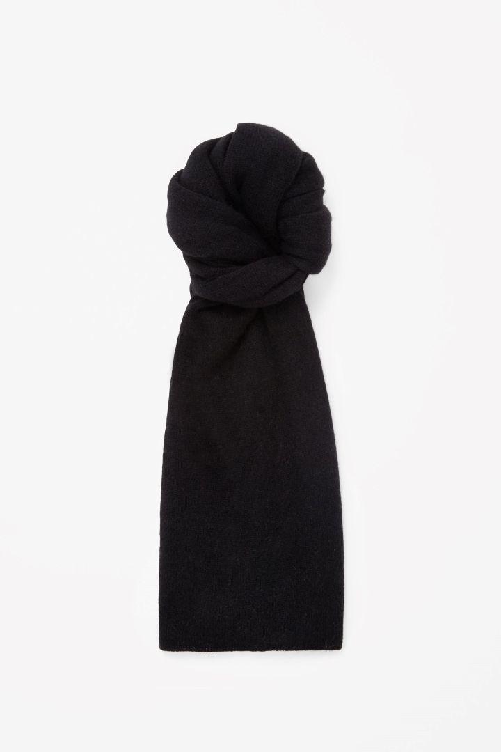 COS | Cashmere scarf