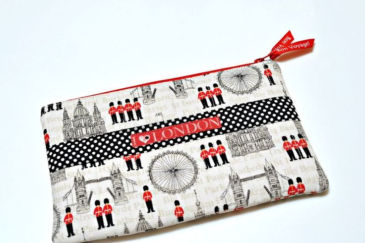 Cute and simple zippered pouchesPouch Tutorial