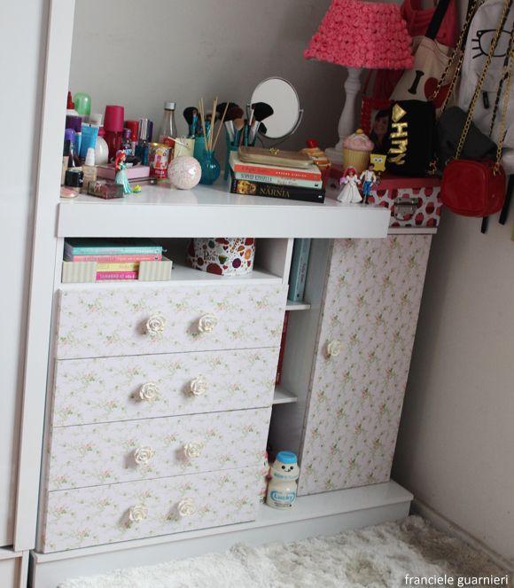 Armario Sala Para Tv ~ 25+ best ideas about Tecidos Adesivos on Pinterest Casas de papel u00e3o, Decoraç u00e3o com jornal and