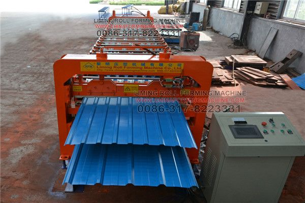 #Double #layers #roll #forming #machine is the bottom of a polygon base, to ensure the beauty of the equipment and equipment also strengthened the stability of the role. Color steel tile equipment can make it in a variety of complex environments in normal use. Double layer roll forming machine in the production of tile links are also a new step, that is, color, by pre-tune the color into the machine inside, the machine will be in the production process of its color.