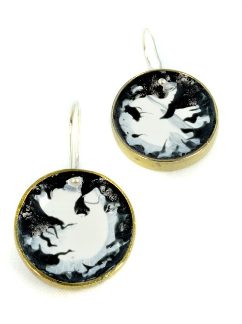small round earrings black and white
