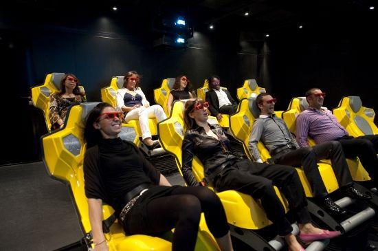 De spannende 4D bioscoop aan boord van de #MSCSplendida!