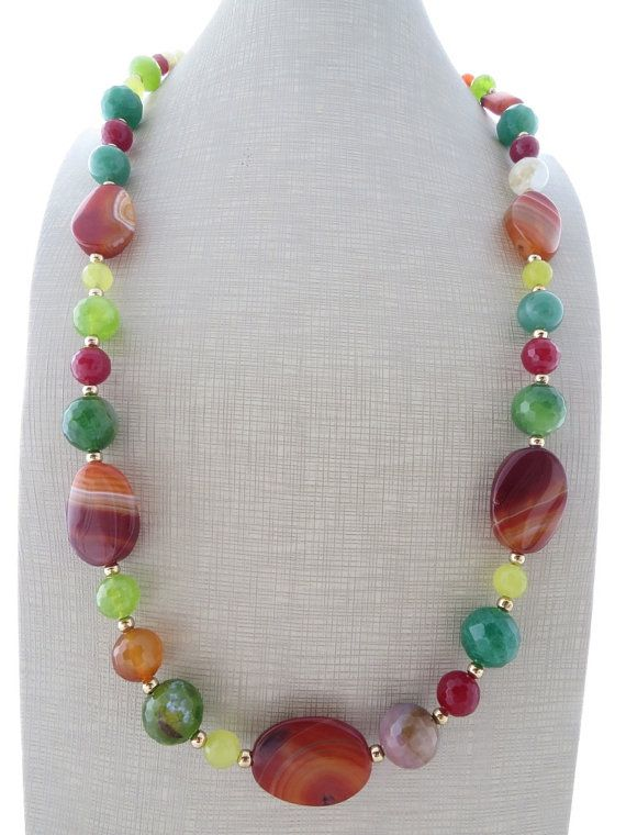 Chunky necklace, multi gemstone necklace, orange, green and yellow agate necklace, beaded necklace, stone jewelry, summer jewelry, gioielli Glamour chunky necklace with orange, green and yellow agate. Perfect for your summer outfits ! Italian gemstone jewelry Total length: 27.2 inches - 69 cm Gold tone All jewels come beautifully gift boxed Sofias Bijoux jewelry: http://www.etsy.com/it/shop/Sofiasbijoux ***************************** These jewels are handmade with sem...