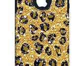 Lots of cute personalized Otterbox Commuter cases....this is an OTTERBOX COMMUTER iPhone 4/4s Case Custom CHEETAH  leopard spots Pattern  - Free Matching Wallpaper