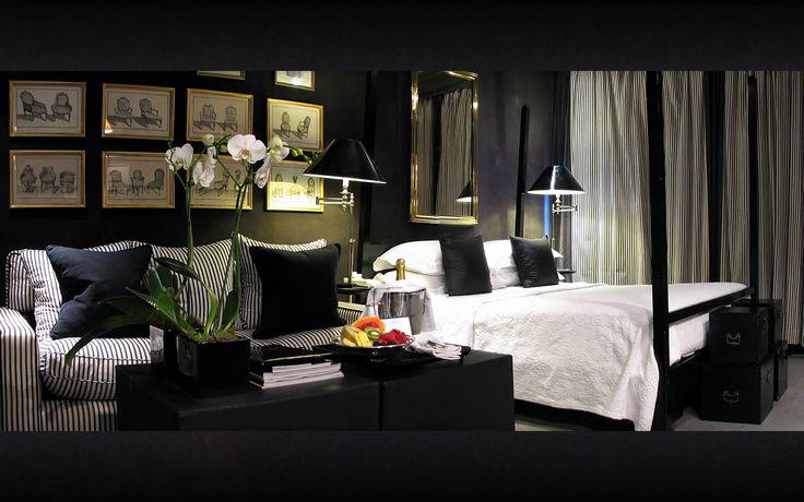 .: Blake Hotels London, Interiors Design, White Bedrooms, Hempel Design, Black Bedrooms, Black Rooms, Black Wall, Anouska Hempel, Beautiful Bedrooms