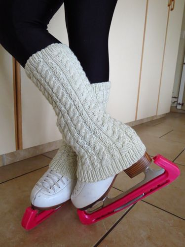 Ashton Figure Skating Leg Warmers. PDF pattern. Now available from www.bobbinhobnobbin.com, Ravelry & Craftsy.