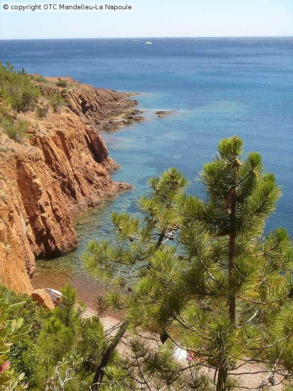 http://www.ot-mandelieu.fr/vacances-cote-d-azur/nature-mandelieu/massif-esterel.php