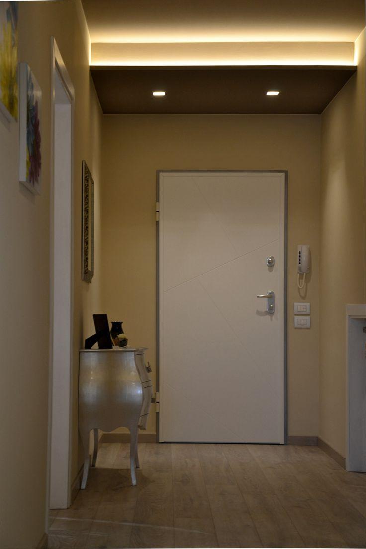 Original led lights in the false ceiling for the entrance