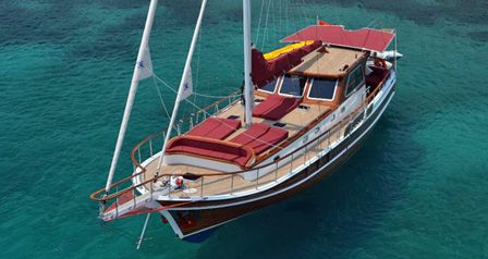 NAZCAN - The ideal intimate gulet for a honeymoon cruise