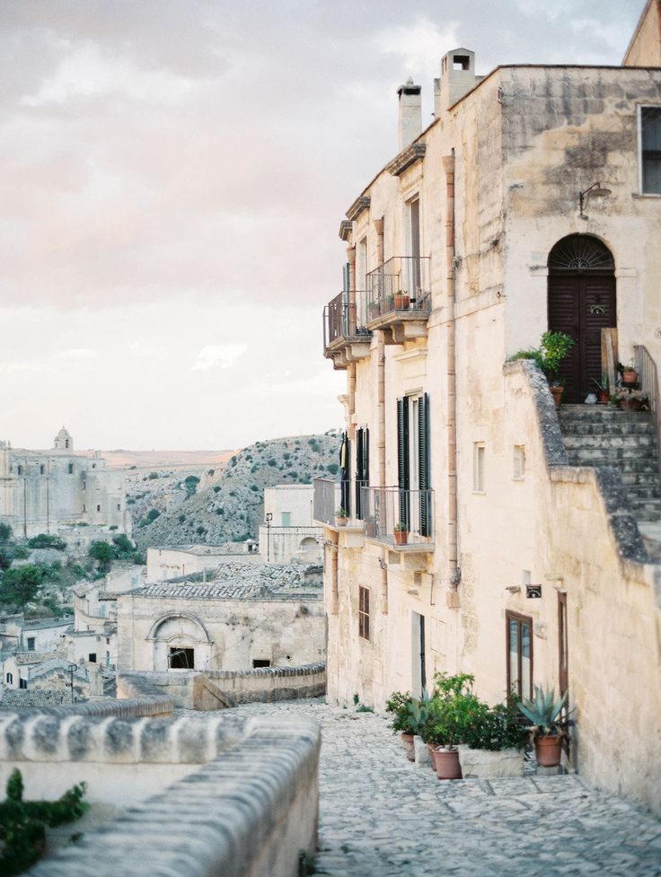 Matera, Il Sassi, Italy  | Photography by Rebecca Lindon / http://www.rebeccalindon.com/ | Style Me Pretty Living http://www.smpliving.com