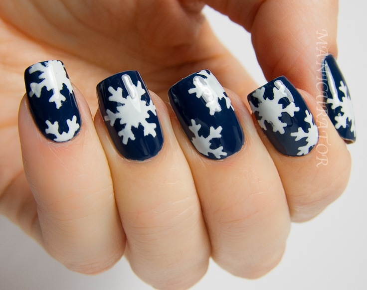 manicurator: Digit-al Dozen's Holiday Week - Snowflake Nail Art with OPI