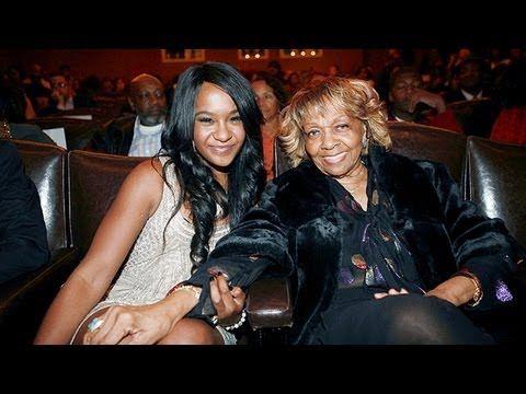Cissy Houston Discusses Her Granddaughter, Bobbi Kristina - Next Chapter...  whitneysś dress & fabric