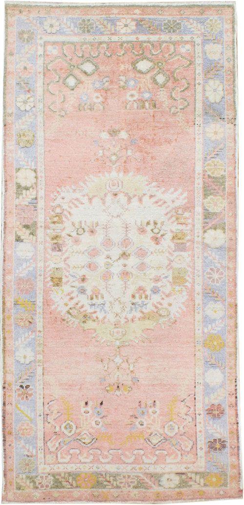 Vintage Oushak Rug, No. 15986   Galerie Shabab